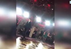Mesut Özil-Amine Gülşe çiftinin kına gecesinde Ölürüm Türkiyem şarkısı