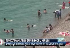 Antalyaya 8 Haziran Cumartesi, hava yoluyla 85 bin 205 turist geldi