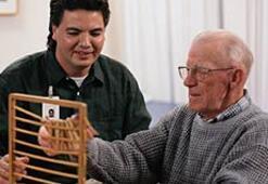 Alzheimer hastası yoğun ilgi ister