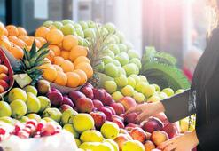 Meyve ve sebze uçuşa geçti
