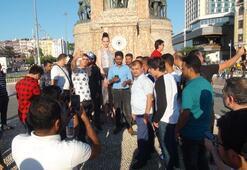 Yer: Taksim Gören telefonuna sarıldı