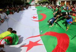 Cezayirde Buteflikaya yakın iş adamı tutuklandı