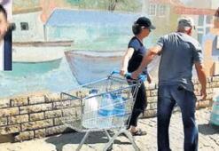 Foça'da sular 40 saat sonra aktı
