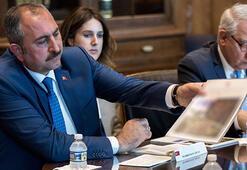 Bakan Gül, ABDde FETÖ elebaşının iade sürecini görüştü