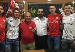 Balıkesirsporda 5 futbolcuyla sözleşme imzalandı