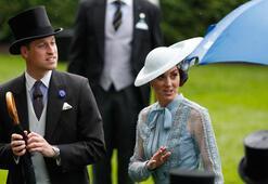 Prens William ve Düşes Katein konvoyundaki polis motosikleti, kadına çarptı