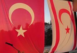 KKTC bayrağını kim tasarlamıştır 19 Haziran kopya sorusu