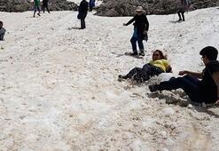 Burası Türkiye Yazın ortasında kayak yaptılar