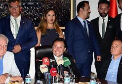 Bursasporda başkan Mestan mazbatasını aldı