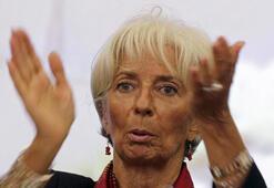 IMF: Global ekonomi ciddi aşağı yönlü risklerle karşı karşıya