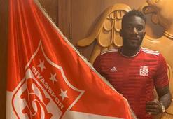 Sivasspor, Aaron Appindangoyeyi renklerine bağladı