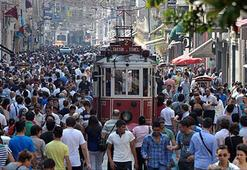 Avrupalı turist Beyoğluna geri döndü