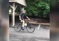 Müthiş yetenek Bisiklet kullanırken top sektiriyor...