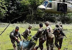 Filipinlerde askeri kampa saldırı