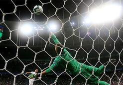 Peru, Uruguayı penaltılarla geçerek yarı finalde