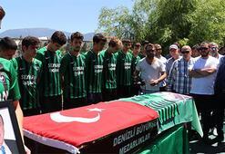 Efsane başkan İpek, Denizlispor tesislerinden uğurlandı