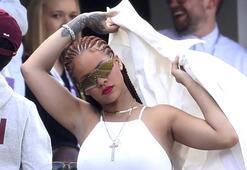 Rihanna bu kez orada ortaya çıktı