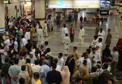 Pakistanda havalimanında silahlı saldırı