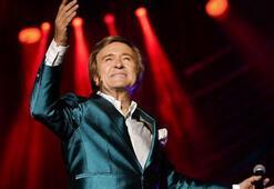 Erol Evgin Açıkhavada konser verdi