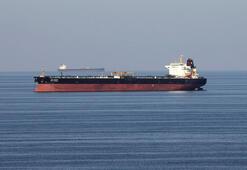 İran: Suudi Arabistan tankerimizin çıkışına izin vermiyor