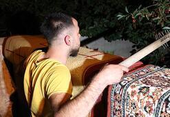 Bir mahalle esrarengiz 2 kişi için nöbet tutuyor