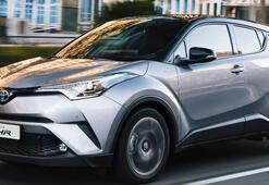 Toyota üretti: Kendi kendini şarj edebilecek