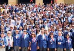 Rotaryenler Ata'ya koştu