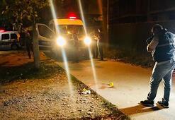 Adanada bıçaklı kavga: 1 ölü