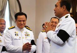 Taylandda cunta lideri başbakan, onlarca kanun hükmünde kararnameyi iptal etti