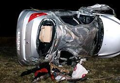 Çocuğun kullandığı otomobil devrildi Çok sayıda yaralı var