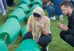 33 Srebrenitsa kurbanı daha toprağa verildi