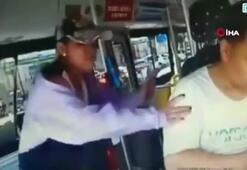 Çinli kadın otobüs şoförünü tekmeledi