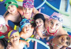Bucada minikler havuza veliler pilatese