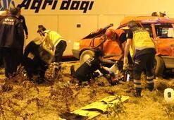 Yolcu otobüsü ile otomobil çarpıştı Ölü ve yaralılar var...