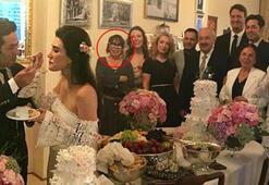 İdil Fırat, Sezen Aksunun doğum gününü kutladı