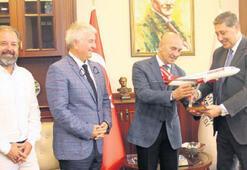 'İzmir'e inanıyoruz'