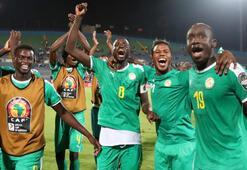 Afrika şampiyonunu arıyor: Cezayir-Senegal