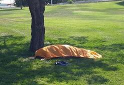 Belediye işçileri ceset buldu