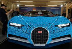 1 milyon lego ile yapılan otomobil Moskovada ziyaretçilere sunuldu