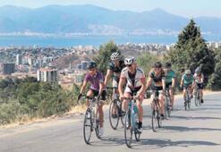 İzmir'in ilk bisiklet takımı
