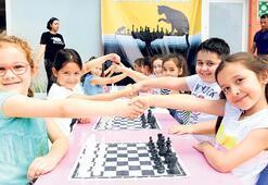 Satranç turnuvası Konya'da başladı