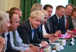 Boris Johnson kabinede kardeşine de yer verdi