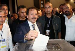 Ankaragücünde Mehmet Yiğiner yeniden başkan