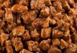 Bayramda aşırı tatlı ve et tüketimine dikkat edin