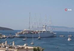 Dünyanın en büyük yelkenli yolcu gemisi Bodruma geldi