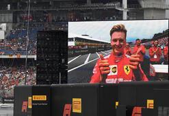 Schumacherin oğlu F2 kariyerinin ilk birinciliğini aldı