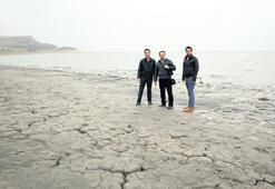 Hoyratça kullandık göllerimiz ölüyor