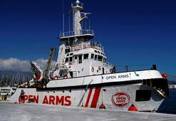 İtalya Open Arms gemisine el koyabilir