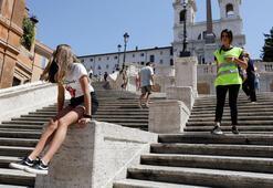 Romada artık ünlü İspanyol Merdivenlerine oturmak yasak