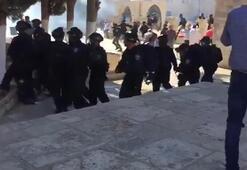 İsrail polisinden Mescidi Aksa'ya saldırı Çok sayıda yaralı var